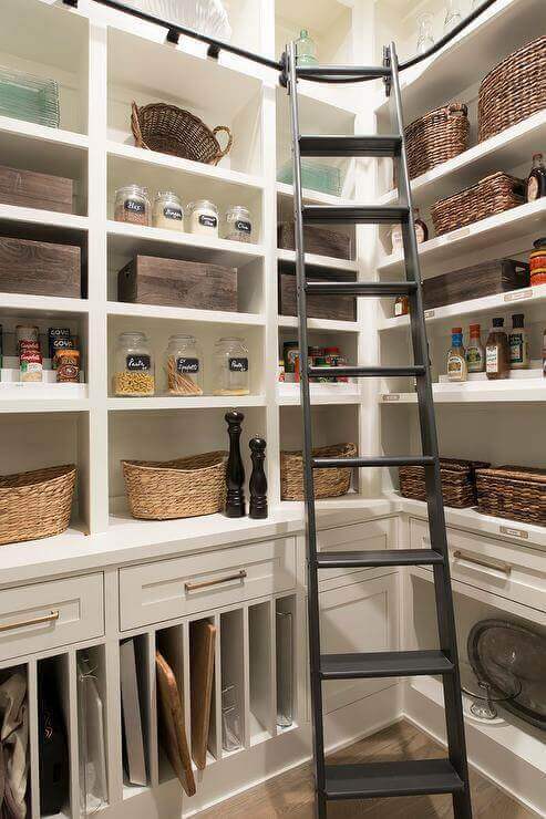 You may very well be a custom pantry design away from your dream kitchen, or so we think.