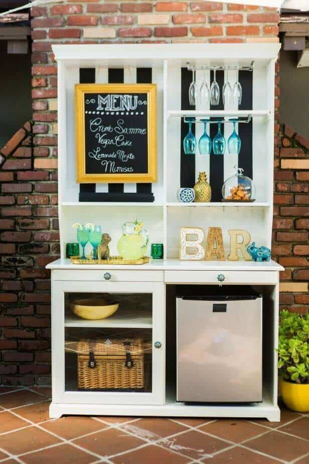 Kitchen mini fridge refrigerator solutions come in different ways to suit any kitchen. They are small and can be included under your counter or bar, or stay on a custom stand.